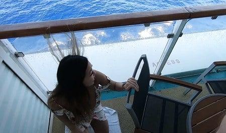 Смазливая азиатка перепихнулась с любовником на круизном лайнере