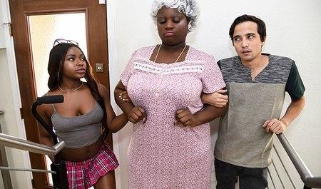 Паренек оттрахал молоденькую негритянку и пенсионерку в доме престарел