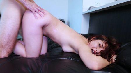 Молодая колумбийка пробивает дорогу в будущее на порно кастинге